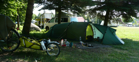 Picture of tent under the trees in the Vilnius campsite